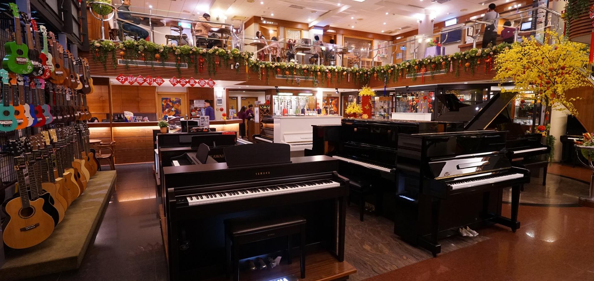 鋼琴展示空間